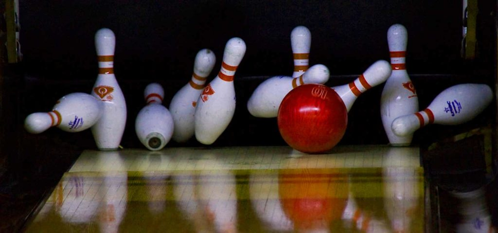 How to play Bowling Game for newbies and non-bowlers